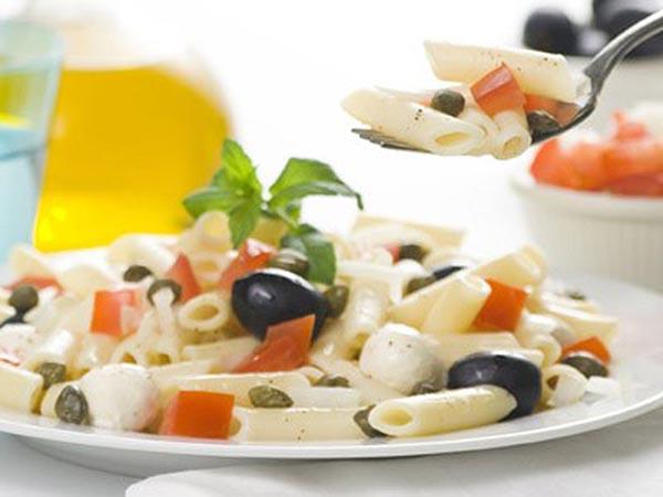 pasta fredda pomodoro e olive